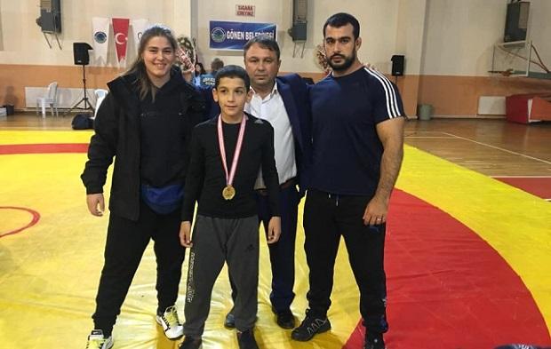 13 Yaşında Madalyaya Doymuyor