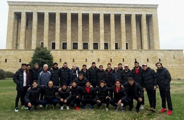Dardanel Ata'nın Huzurunda...