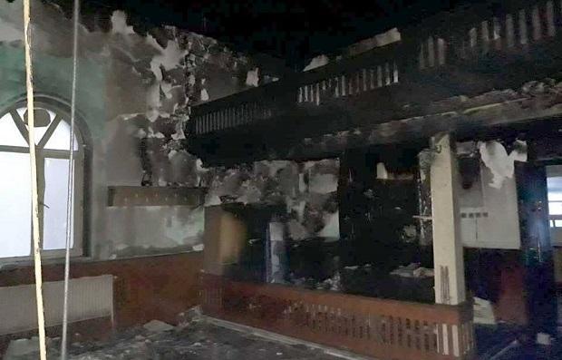 Çanakkale'de Camiyi Yaktılar