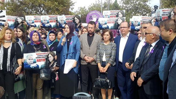 AK Partili Kadınların Ülgür Gökhan'a Hediyesi Var!