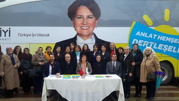 İYİ Parti'nin 'Anlat Hemşerim' Otobüsü Çanakkale'de