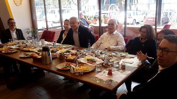 İl Başkanlığından CHP'li Avukatlara Kahvaltı