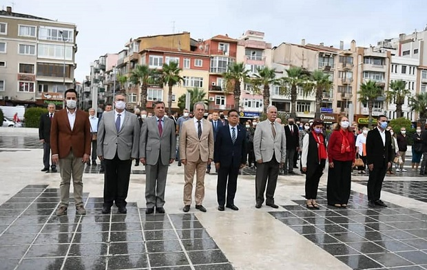 CHP'nin Kuruluşunun 98.Yıldönümü Törenle Kutlandı