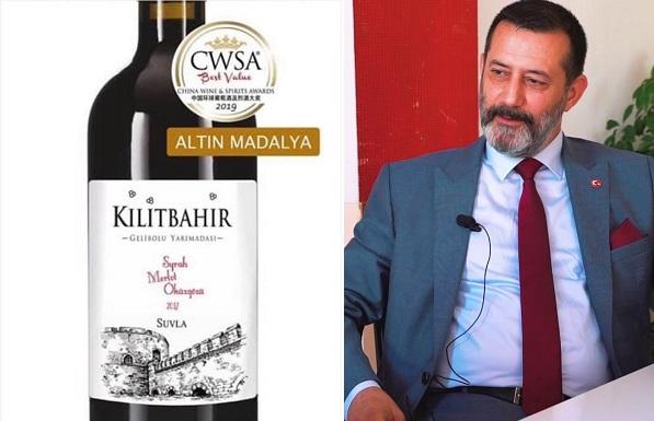 """Hakan Pınar'dan Bu Kez """"Şarap"""" Çıkışı!"""