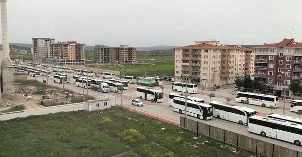 Yüzlerce Otobüsle Geldiler
