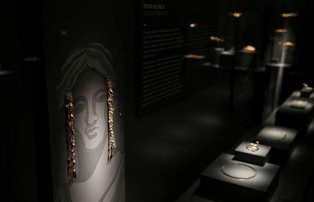 Troya Antik Kenti, 5000 Yıllık Geçmişiyle Büyülüyor