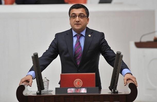 """""""Cumhuriyet Düşmanlarının Ağzının Payını Daima Veririz"""""""
