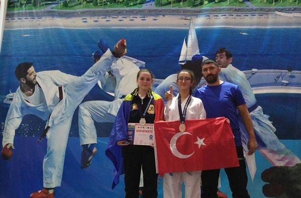 Bigalı Karatecilerden Dünya Kupasında Büyük Başarı