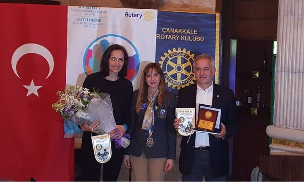 Belediyespor Voleybol Takımı'na Toplum Hizmet Ödülü