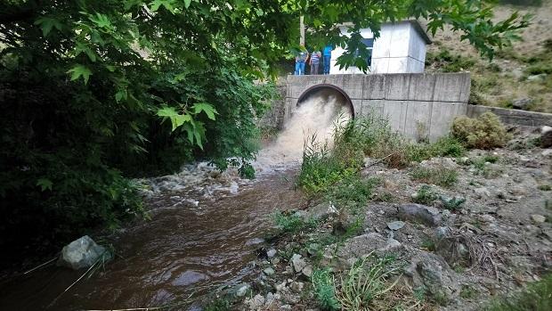 Tayfur Barajında Dip Tahliyesi Yapıldı