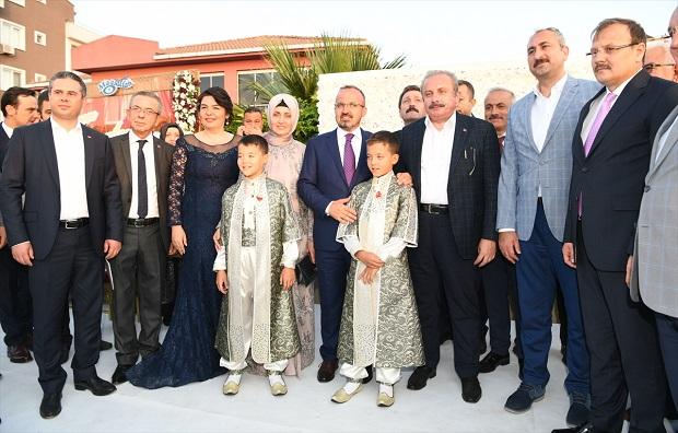 Turan'ın Çocuklarının Sünnet Törenine Siyasetçi Akını