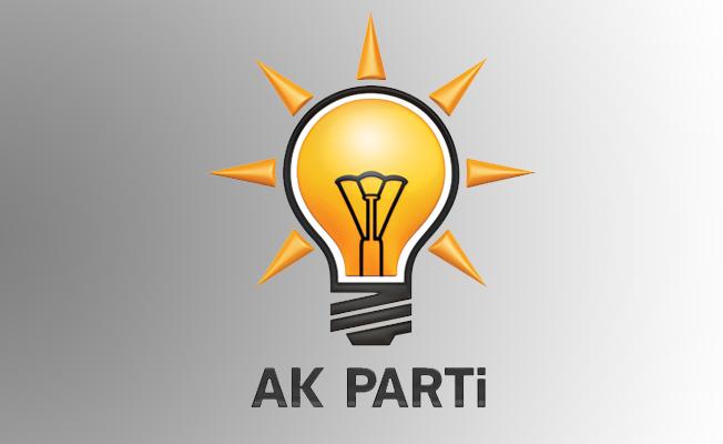 AK Partide Peşpeşe İstifa