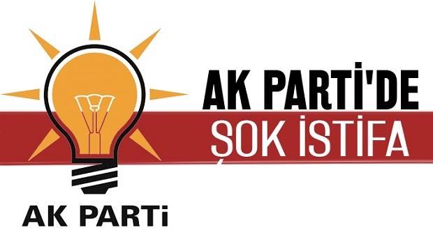 AK Partide İstifa Şoku