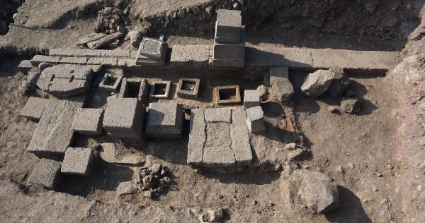 Assos'ta Büyük Keşif.. Tam 2 Bin 300 Yıllık..