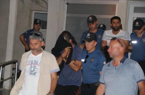 Bozcaada Cinayetinde 3 Kişi Tutuklandı..