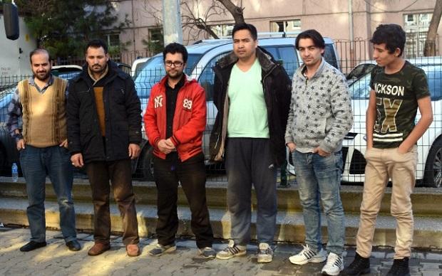 2 Organizatör ve 32 Kaçak Yakalandı