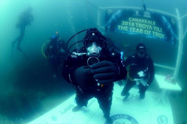 En Uzun Süre Soğuk Denizde Yaşama' Rekoru Kırıldı
