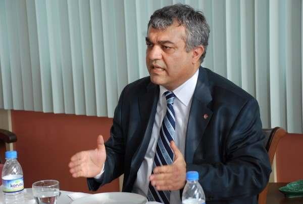Eski ÇOMÜ Rektörü Akdemir Serbest Bırakıldı