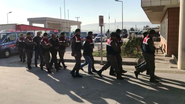 Göçmen Kaçakçılığı Şebekesine Operasyon: 9 Gözaltı