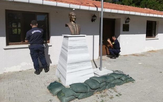 Biga'da Mehmet Çavuş Müzesi'nde Hırsızlık Girişimi