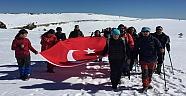 500 Dağcı Şehitler İçin Kazdağlarına Tırmandı