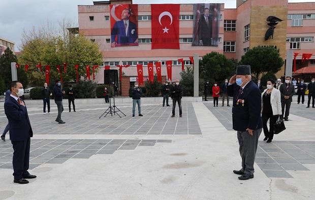 Cumhuriyet Bayramı Kutlamasına Pandemi Gölgesi..
