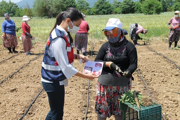 Jandarma Ekipleri Köy Köy KADES'i Tanıttı