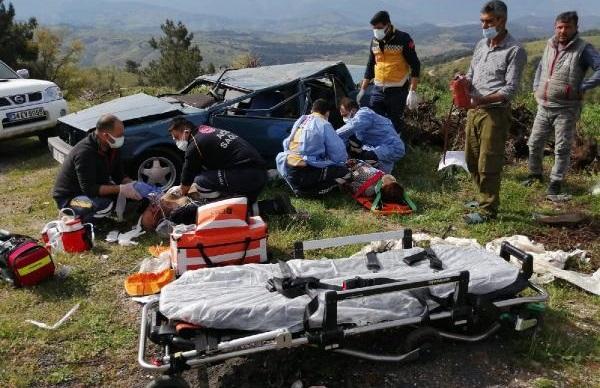 Otomobil Takla Attı: Sürücü Öldü, Eşi Ağır Yaralı
